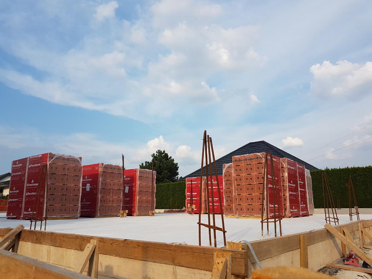 cena-gradnje-hise-do-temeljev