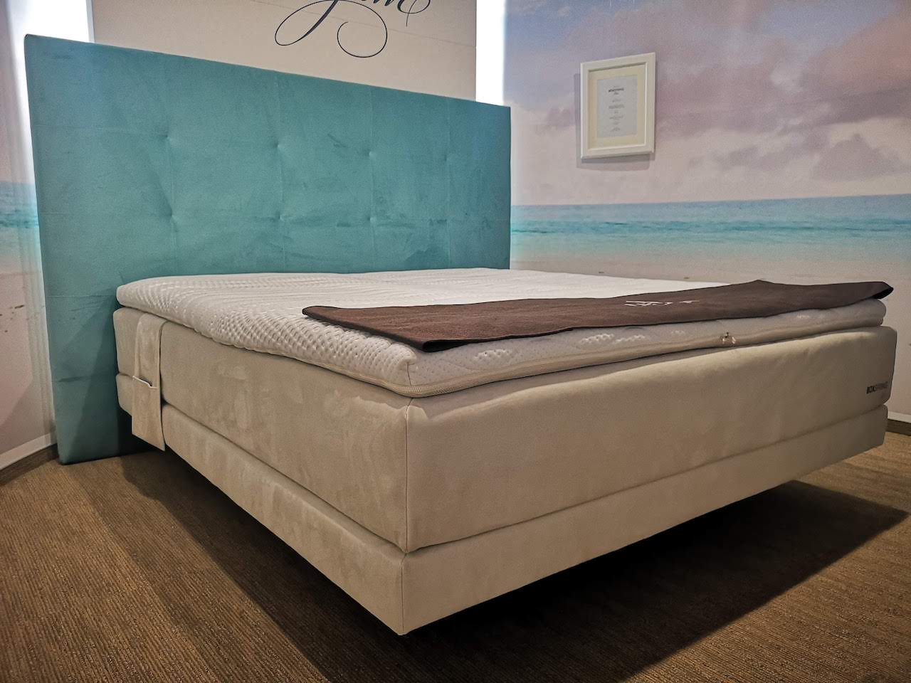 boxspring postelja