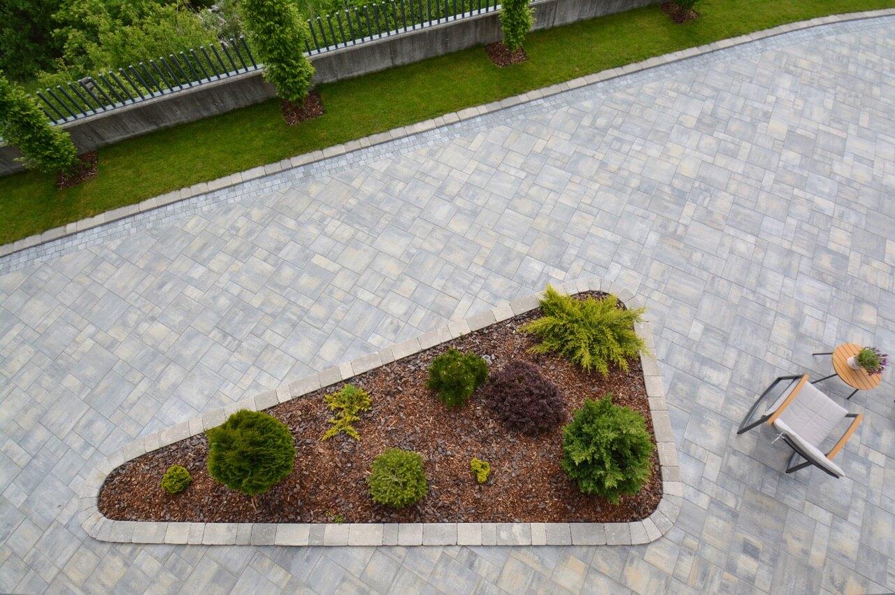 tlakovec asfalt brušen beton
